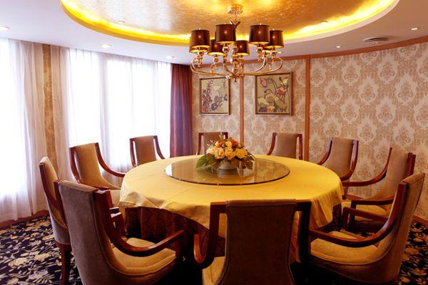 长江黄金2号_黄金二号游船贵宾餐厅