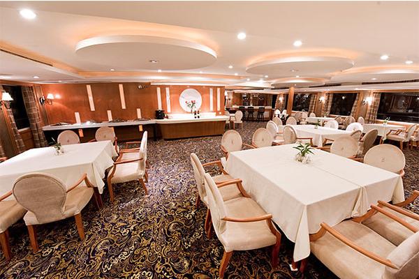 美维凯莎号_餐厅